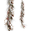 Cotton And Berry Garland